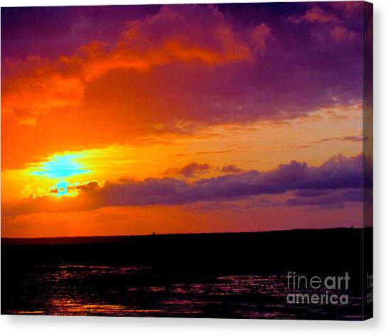 The Entrance Canvas Print by Q's House of Art ArtandFinePhotography