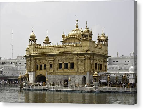 The Golden Temple In Amritsar Canvas Print