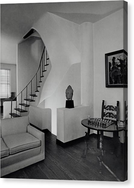 The Interior Of A Manhattan House Canvas Print by Tom Leonard