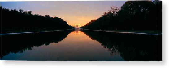 D.c. United Canvas Print - The Lincoln Memorial At Sunset by Panoramic Images