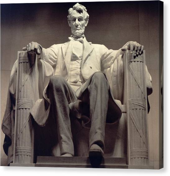 Republican Politicians Canvas Print - The Lincoln Memorial by Daniel Chester French