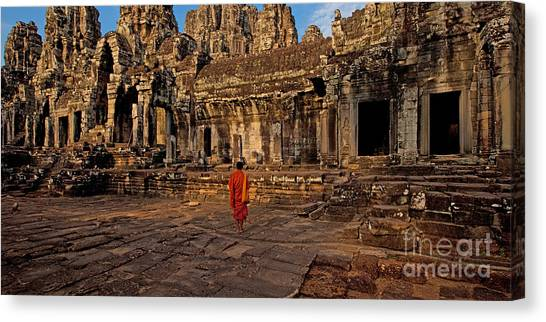 The Magical Light Of Bayon  Canvas Print by Pete Reynolds
