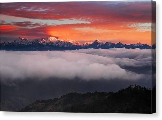 Kangchenjunga Canvas Print - The Mountain Gods by Karsten Wrobel