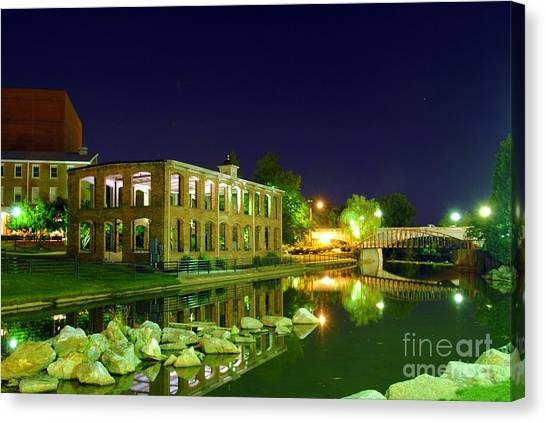 The Old Carriage House In Downtown Greenville Sc Canvas Print