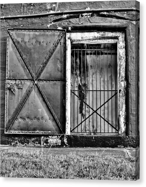 The Old Fort Gate-black And White Canvas Print