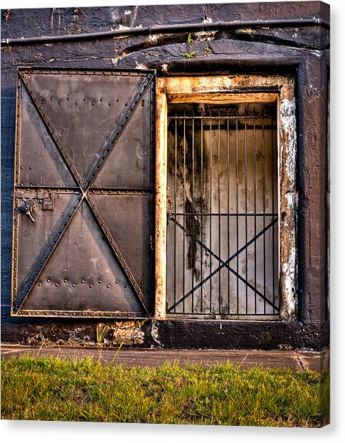 The Old Fort Gate-color Canvas Print