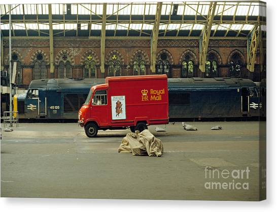 The Old St. Pancras Station Canvas Print by David Davies