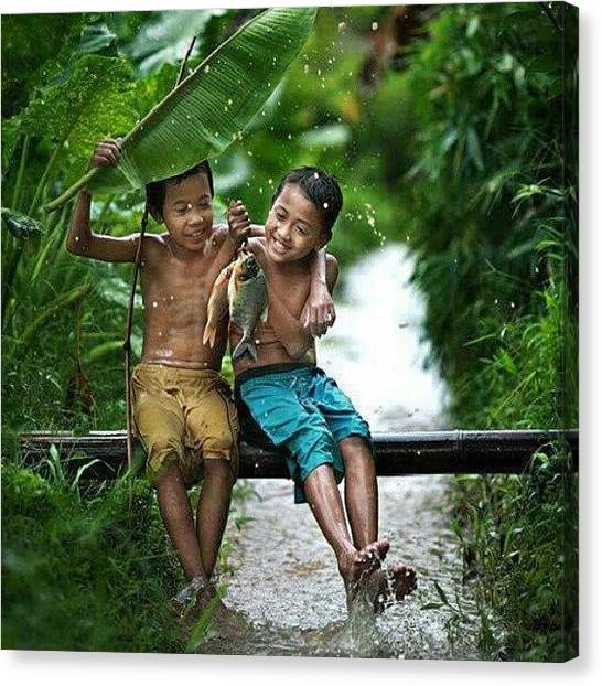 Bamboo Canvas Print - The Real Friendship by Aan Pratama