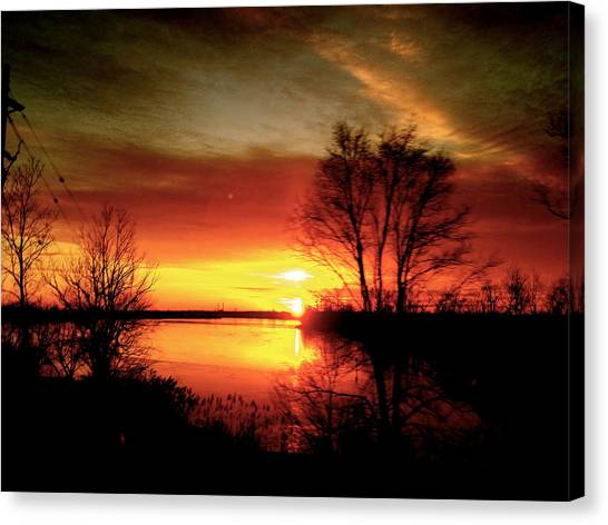 The Sunset Amherstburg On Canvas Print by Pretchill Smith