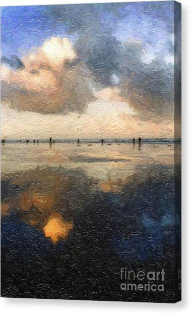 Canvas Print featuring the photograph The Thin Line by Susan Parish