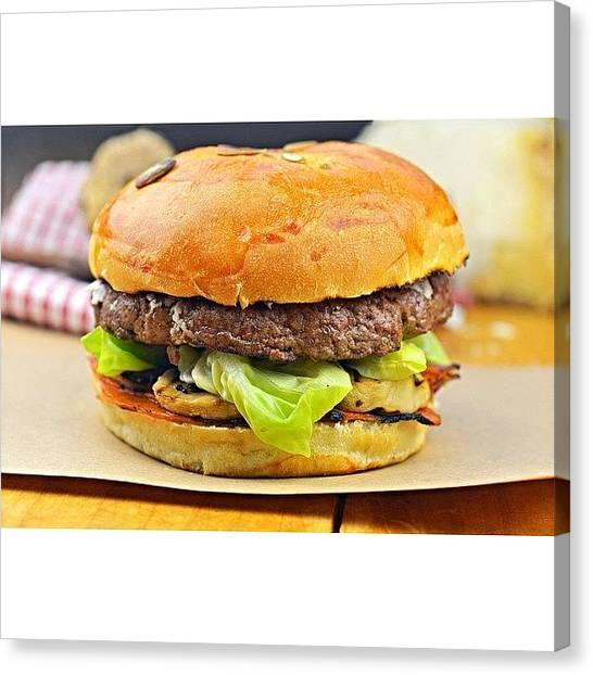 Sandwich Canvas Print - Truffel Burger by Walter Bisoffi