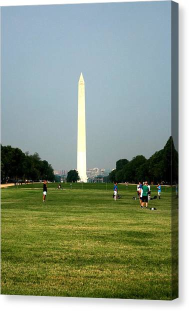 The Washington Monument Canvas Print by Jeanette Rode Dybdahl