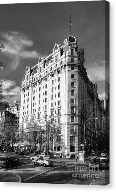 D.c. United Canvas Print - The Willard Hotel by Olivier Le Queinec