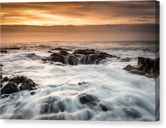 Thor's Well Canvas Print by Mike  Walker