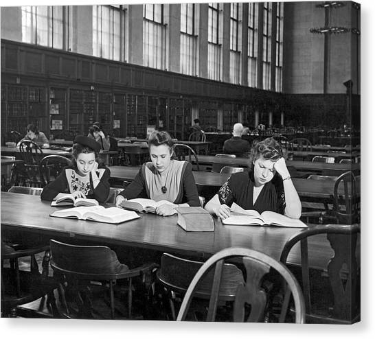 Columbia University Canvas Print - Three Moscow University Foreign Exchange Students At Columbia Un by Underwood Archives