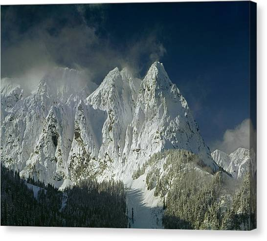 1m4503-three Peaks Of Mt. Index Canvas Print