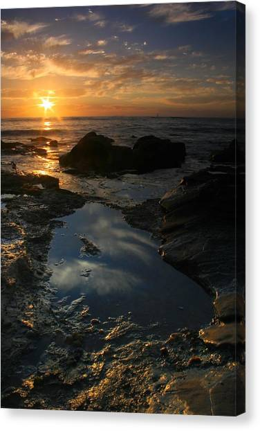Tide Pool Reflection Canvas Print