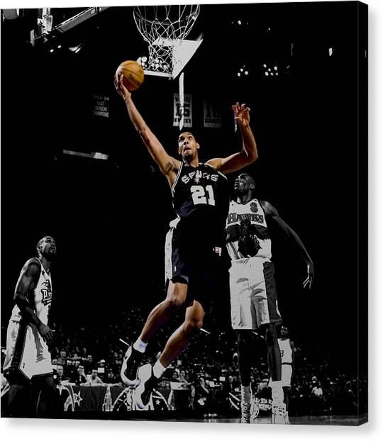 Atlanta Hawks Canvas Print - Tim Duncan All Star Game by Brian Reaves