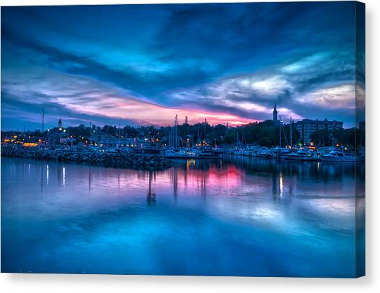Timeless View Canvas Print