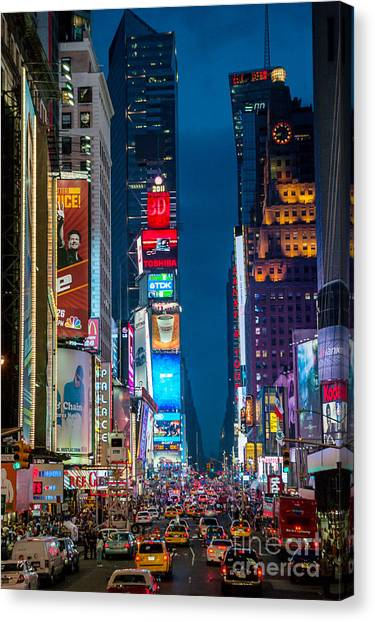 Canvas Print featuring the photograph Times Square I by Ray Warren
