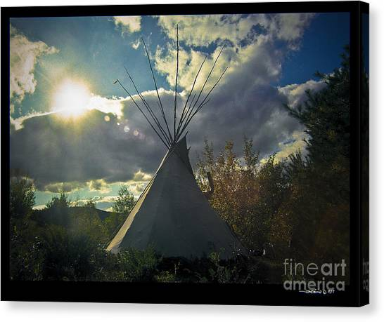 Tipi Morning Color Canvas Print