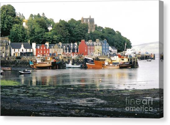 Tobermory Harbour Canvas Print by Mark Bowden