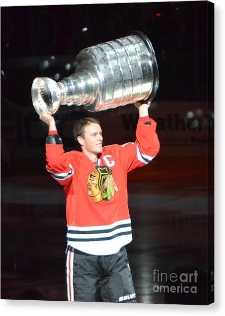 Toews Holds The Stanley Cup Canvas Print