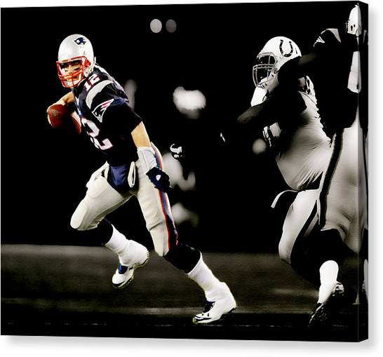 John Elway Canvas Print - Tom Brady Scramble by Brian Reaves
