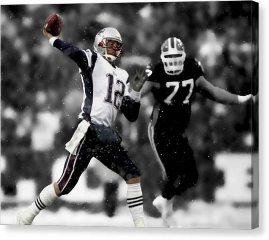 Joe Montana Canvas Print - Tom Brady Smooth Execution by Brian Reaves