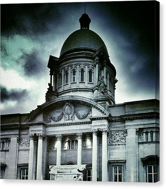 Drake Canvas Print - Top Of City Hall In Hull by Chris Drake