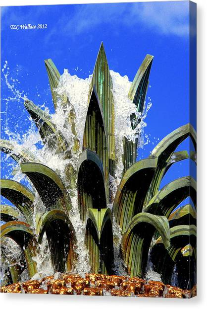 Top Of The Pineapple Fountain Canvas Print by Tammy Wallace