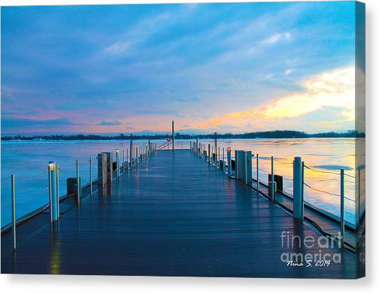 Toronto Pier During A Winter Sunset Canvas Print