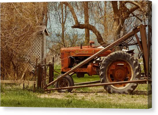 Tractor On Us 285 Canvas Print