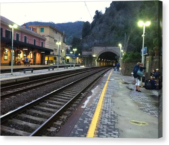 Train Tunnel In Cinque Terre Italy Canvas Print