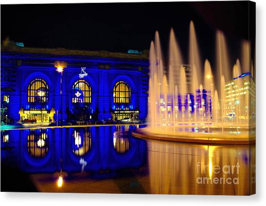 Union Station And Fountain In Royal Blue Canvas Print