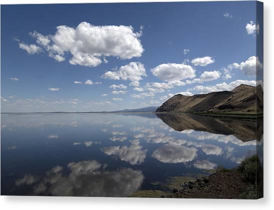 Tule Lake In Northern California Canvas Print