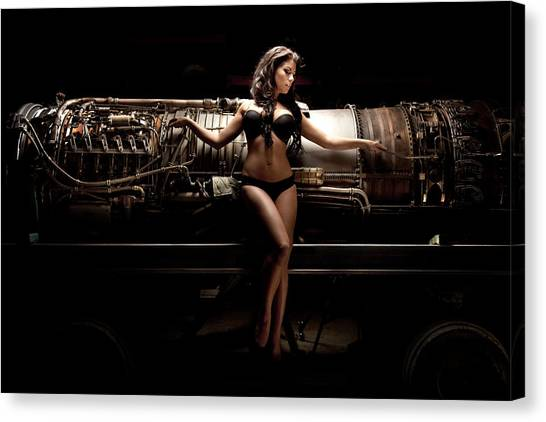 Turbine 7 Canvas Print