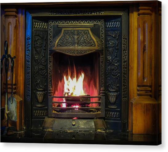 Turf Fire In Irish Cottage Canvas Print