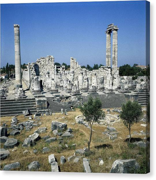 Hellenistic Art Canvas Print - Turkey. Didyma. Temple Of Apollo by Everett