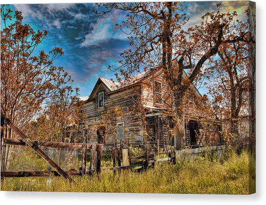 Canvas Print featuring the photograph Twainhart House by William Havle