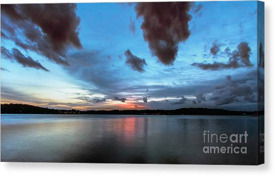 Twilight On Lake Lanier Canvas Print