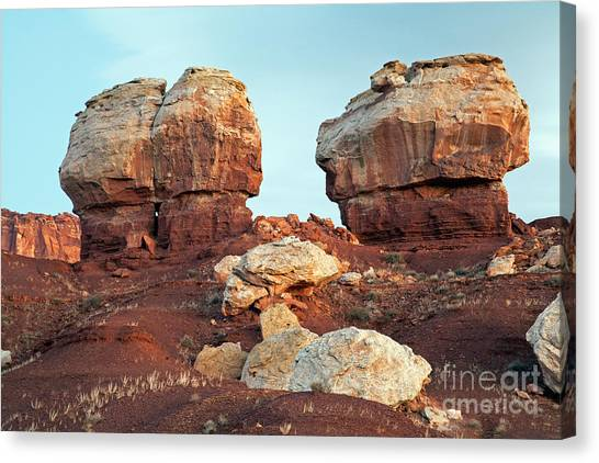 Twin Rocks At Sunrise Capitol Reef National Park Canvas Print