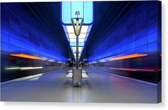 London Tube Canvas Print - U-bahn Hafenuniversita?t by Alexander Sch?nberg