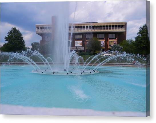 University Of Central Florida Ucf Canvas Print - Ucf Reflection Pond 2 by Warren Thompson