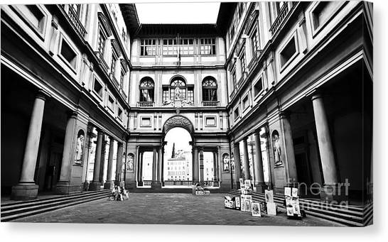 The Uffizi Gallery Canvas Print - Uffizi Gallery In Florence by JR Photography