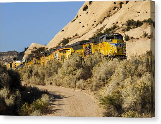 Union Pacific Rolling Through The Mormon Rocks Canvas Print