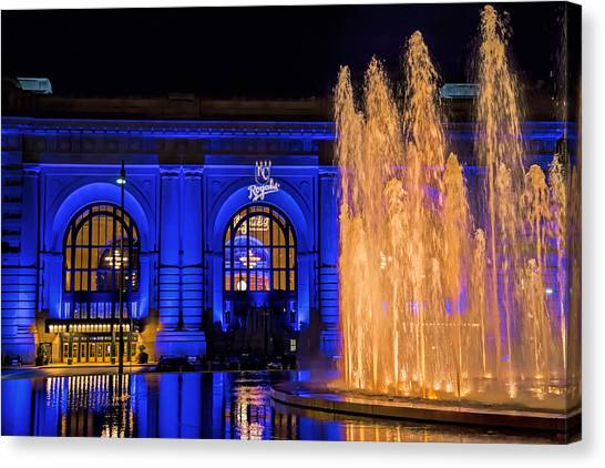 Kansas City Royals Canvas Print - Union Station Celebrates The Royals by Angie Rayfield