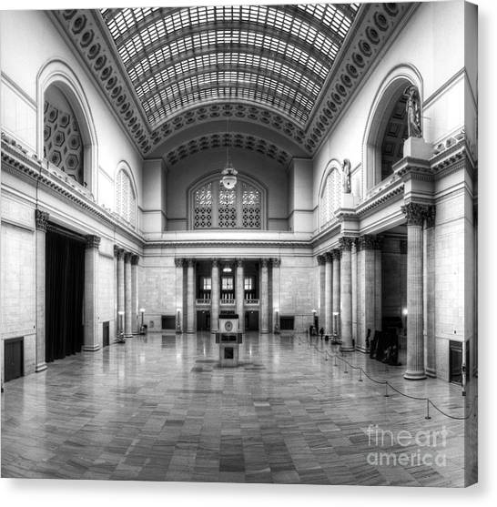 Amtrak Canvas Print - Union Station In Black And White by Twenty Two North Photography