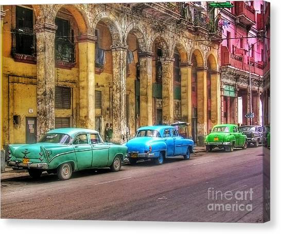 United Colors Of Coches Habaneros Canvas Print