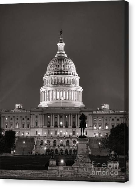 D.c. United Canvas Print - United States Capitol At Night by Olivier Le Queinec